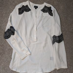 Mossimo white blouse black lace top L